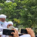 Habib Rizieq Diarak Simpatisan ke Petamburan, Tol Bandara Macet hingga 7 km