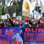 Ribuan Buruh FSP LEM SPSI Geruduk Istana, Desak Jokowi Terbitkan Perppu