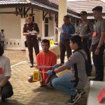 Rekonstruksi Kasus Suami Bunuh Istri di Bengkayang