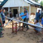 Satgas TMMD 1203/Ketapang  Hadirkan PJU untuk Masyarakat Desa Sekukun