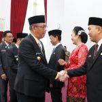 Gubernur Sutarmidji Lantik 13 Pejabat Pimpinan Tinggi Pratama dan Pejabat Administrator