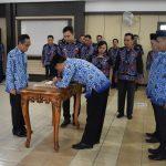 16 Pejabat Administrator dan Pengawas Dilantik Pemkab Bengkayang