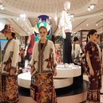 Imlek, Galeries Lafayette Gaet Sebastian Gunawan dan Ghea Panggabean