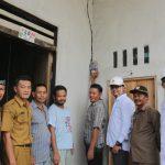 PLN Nyalakan Puluhan Rumah Masyarakat Desa Twi Mentibar Selakau