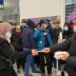 Tiba di Indonesia, Ratusan WNI dari Wuhan Langsung Disemprot Cairan Khusus