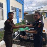 Petugas Ungkap Operandi 'Roadtax Mobil Mewah' di PLBN Entikong