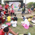 Lomba Mewarnai Gambar di Taman Kota Intan