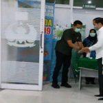 Ibunda Wafat, Penampakan Jokowi Saat Tiba di RST Slamet Riyadi Surakarta