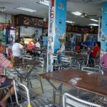 Malaysia Lockdown Mulai Hari Ini, Ada Warga Tepergok Makan di Restoran