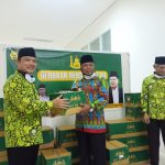 DMI Salurkan 661 Paket Alat Pembersih ke Seluruh Masjid di Kalbar