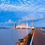 Indah Tak Bertepi, Yuk Intip Sejarah Masjid Apung Al-Alam di Kendari