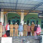 Pemkab Ketapang Salurkan 3 Ton Beras di Tumbang Titi