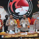 Polisi Ungkap Penyeludupan Ganja Seberat 336 Kg dari Aceh di Dalam Sofa