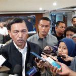 Menteri Luhut Klaim Virus Corona di Indonesia Terus Menurun