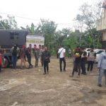 Kabar Wabup Mundur, Puluhan Relawan Demo di DPRD Kubu Raya