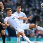 Aksi Sikut Lovren Bikin Kroasia Tertinggal Satu Gol dari Republik Ceko di Babak I