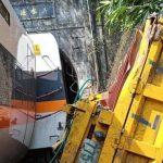 Kecelakaan Kereta Api Tewaskan 50 Orang, Menteri Transportasi Taiwan Mundur