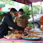 Peduli UMKM, Wali Kota Edi Kamtono dan Evan 'Hobby Makan' Borong Takjil