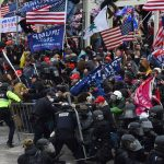 Pendukung Trump Kepung Gedung Capitol saat Kongres AS