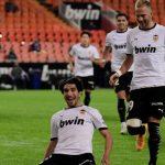 Dua Gol Menit Akhir Menangkan Kelelawar Mestalla