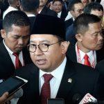 Sentil Jokowi, Fadli Zon: Usai Cat Pesawat Merah, Kini Karpet Merah Lagi untuk TKA China