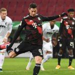 Penalti Lewandowski Menangkan Die Roten