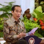 Jokowi Sebut Pedagang Pasar dan Pekerja di Mal Mulai Divaksin Pekan Depan