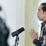 Jokowi Beri Bintang Kehormatan kepada Artidjo Alkostar sampai Nakes yang Gugur