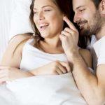 Terapis Seks: Berhubungan Seks Sekali Seminggu Bikin Pasangan Lebih Bahagia & Puas