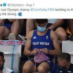 Tom Daley, Atlet yang Hobi Merajut Beri Hasil Karyanya pada Atlet Malaysia