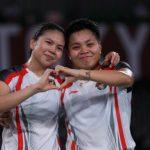 Greysia/Apriyani Berikan Kado Umrah untuk Asisten Pelatih Sekeluarga
