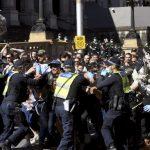 Aksi Demo Anti-Lockdown di Melbourne Rusuh, Polisi Tangkap 235 Orang