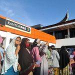 Bansos Tunai Rp 600 Ribu Mulai Didistribusikan ke Masyarakat