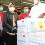 Mensos Serahkan Bantuan Bencana Rp 1,8 M di Manado
