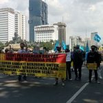FPR dan GSBI Gelar Aksi May Day, Polisi Tutup Jalan ke Istana Negara