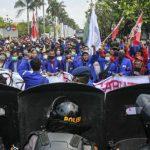 Tolak Omnibus Law Cipta Kerja, Ribuan Mahasiswa Geruduk Istana Hari Ini