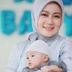 Ajarkan Balita Tertib di Dalam Masjid, Ini Cara Atalia Istri Ridwan Kamil