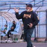Hadapi Persita di Pekan Ketiga, Iwan Setiawan Jaga Motivasi Pemain Persela