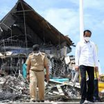 Jokowi Tinjau Kantor Gubernur Sulbar yang Rusak Akibat Diguncang Gempa