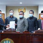 DPRD Kota Pontianak Sahkan 11 Raperda Eksekutif Jadi Perda