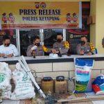 Aparat di Ketapang Amankan 2 Kapal Bermuatan Bahan Peledak, Nakhoda dan ABK Terancam Penjara