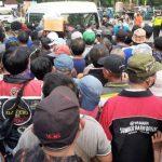 Pembagian Sembako Jokowi Bikin Kerumunan, PKS: Konfirmasi Julukan The King Of Lip Service!