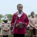 Janji Jokowi ke Warga Suku Asmat: Bangun Rumah Layak