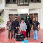 Ratusan Warga di Muara Pawan Kecipratan Paket Sembako CSR Swasta