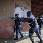 Dilanda Kerusuhan dan Penjarahan, Afsel Kerahkan 25.000 Tentara Amankan Daerah Rusuh