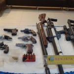 Polisi Sita Sajam hingga Senpi di Markas Narkoba Kampung Ambon