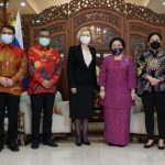 Dapat Bintang Jasa dari Pemerintah Rusia, Megawati Menangis Ingat Bung Karno