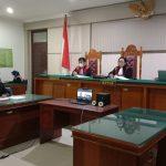 Majelis Hakim Tunda Sidang Operator Eksavator PETI Bunut Hulu