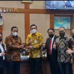 Legislator Dapil Kalbar Maman Abdurrahman Pimpin Komisi VII DPR RI