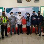 Meski Desa Mega Timur Zona Merah COVID-19, CSR Wilmar Group Tetap Salurkan Bantuan